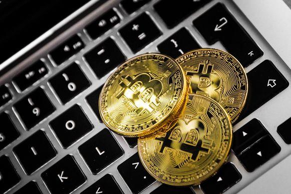 Beeld ter illustratie, de EU staat cryptogeld als betalingswijze niet toe zolang er geen wet is.