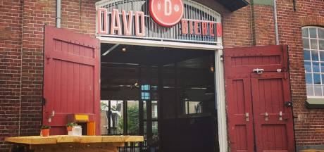Road-to-Nowhere-bier tegen ALS van tachtig Nederlandse brouwers ten doop bij DAVO Deventer