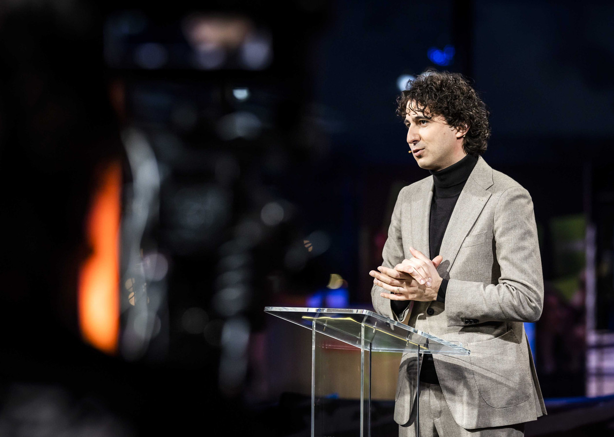 Jesse Klaver tijdens het partijcongres van GroenLinks.