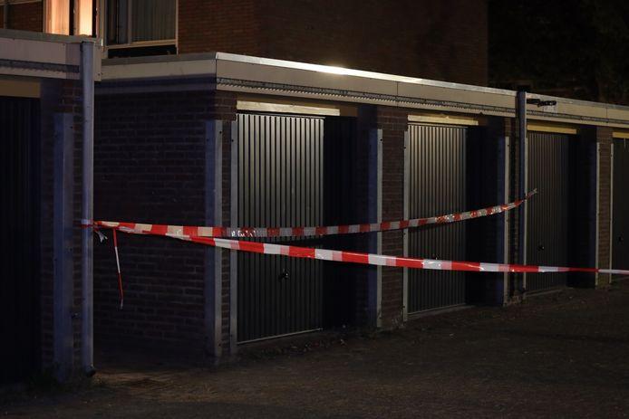 Schietpartij Den Bosch, politie zoekt in omgeving naar de dader.