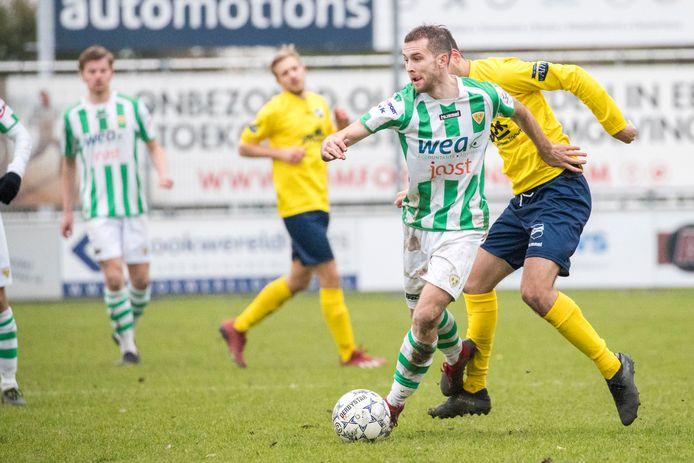 Ronaldo Meijer, hier nog in actie voor Kloetinge, speelt komend seizoen weer voor Arnemuiden.