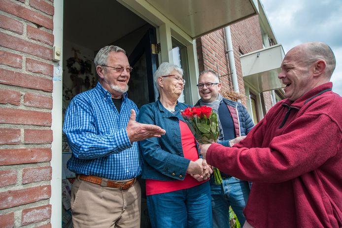 Jellie Gorter was een echte PvdA-vrouw. Op 1 mei 2017 krijgen zij en haar man Herman bloemen van de partij als dank voor hun trouwe lidmaatschap.