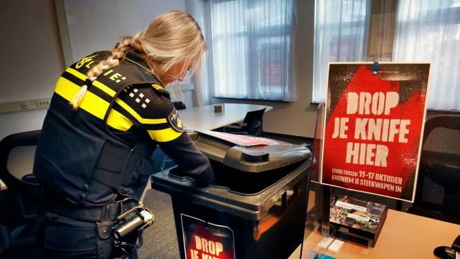 Honkbalknuppels, tasers, sterrenwerpers of messen: deze week lever je ze straffeloos in bij de politie