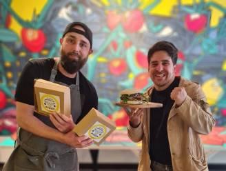 """Iedereen Smult pakt uit met 'The Flying Parmigiano Burger' na heisa rond CEMI-Flyer: """"Ludieke tegenreactie"""""""