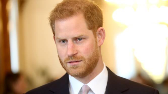 """Prins Harry dreigt nu ook met rechtszaak tegen BBC: """"We vroegen wél om toestemming voor naam Lilibet"""""""