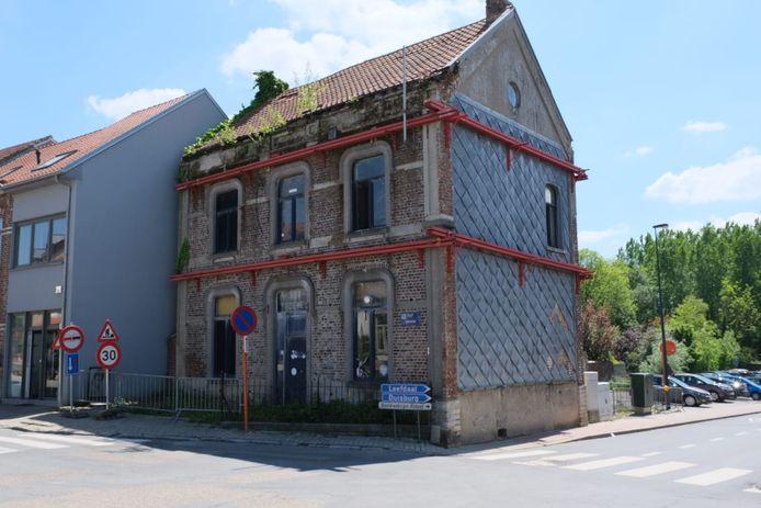 Het voormalige jeugdhuis Den Troemel wordt voor 57.701 euro verkocht.