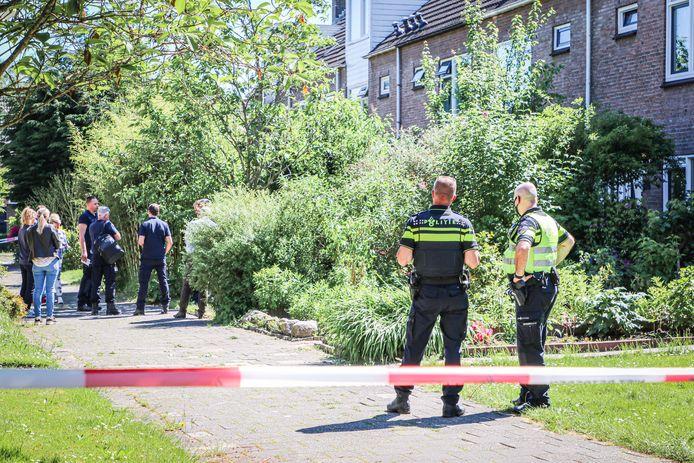 Om 13.45 uur kreeg de politie een melding over een geweldsdelict in een huis aan de Vogelkersstraat in Groningen.