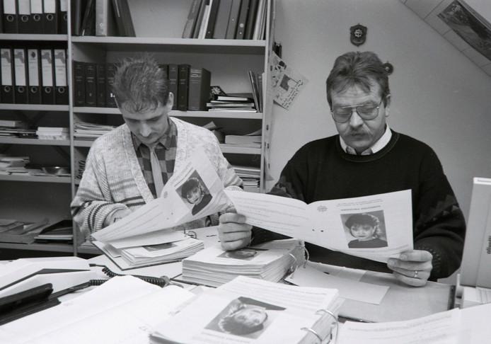 Rechrecheteam Van der Weerden en van Veen naar verwijning Anouska Weezenbeek in Maarheeze