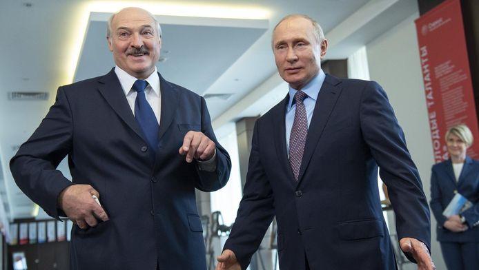 Le président biélorusse Alexandre Loukachenko et Vladimir Poutine (15 février à Sotchi, Russie)