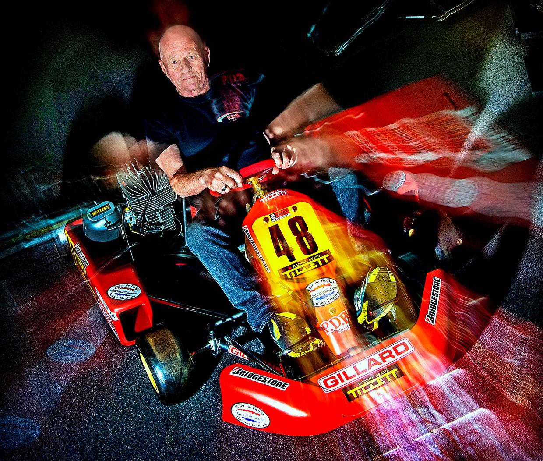 Kartfenomeen Peter de Bruijn reed onder anderen tegen Ayrton Senna. Beeld Klaas Jan van der Weij