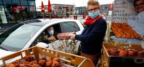 Oliebollen Drive-in in Gorinchem: 'Dit is een schot in de roos'