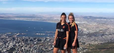 Oranje Leeuwinnen in Kaapstad, Tello draagt goal op aan Sidnei