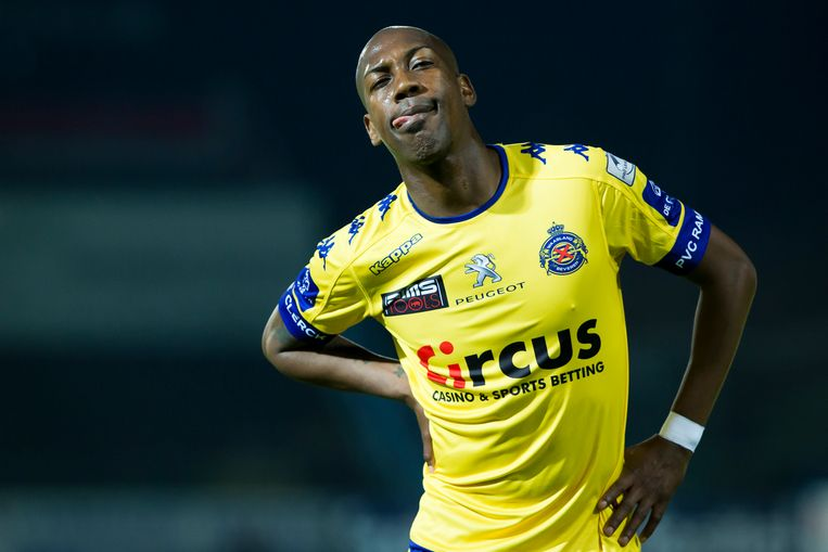 Steeven Langil droeg eerder onder meer het shirt van Waasland-Beveren Beeld belga