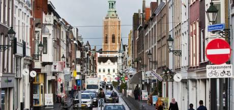 Pleidooi voor autoluwe 'ruwe parel' Boekhorststraat