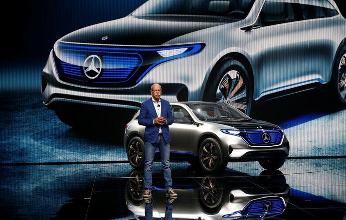 Een Mercedes EQ Elektrische wagen.