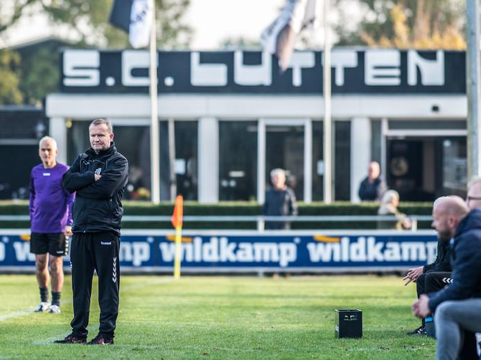 Jaap Scholing wordt komend seizoen assistent-trainer bij HZVV, 'zijn club'.