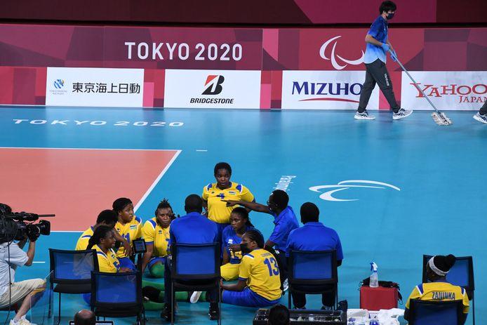 Time-out bij de wedstrijd China-Rwanda tijdens de Paralympics in Tokio.