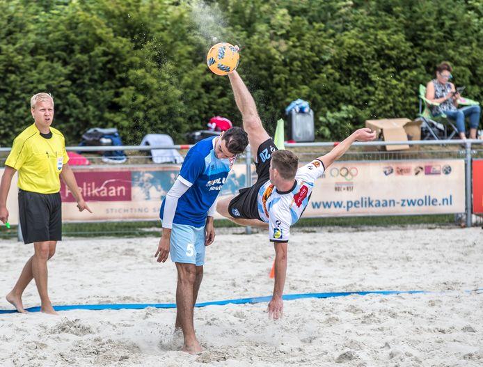 In Zwolle worden op dit moment al beachsporten gespeeld in de buitenlucht op sportpark De Pelikaan.