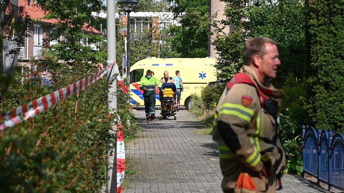 Bij een steekpartij in de Van Galenstraat in Arnhem is een 25-jarige man om het leven gekomen.