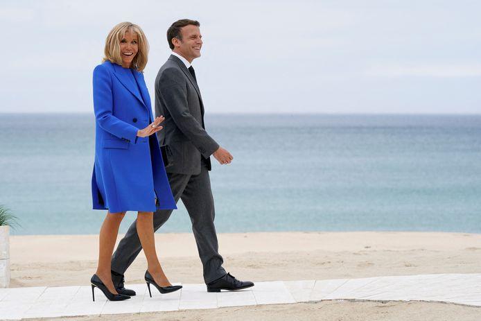 Le président français Emmanuel Macron et sa femme Brigitte