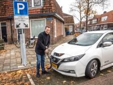 Frustratie over aanvraag laadpalen: 'Zo gaan we die 200 extra in Zwolle nooit halen'