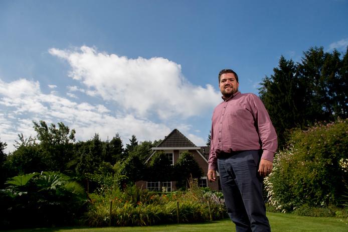 Mark Vroegindeweij is een petitie gestart tegen de plannen voor de nieuwe vliegroutes over de Veluwe.