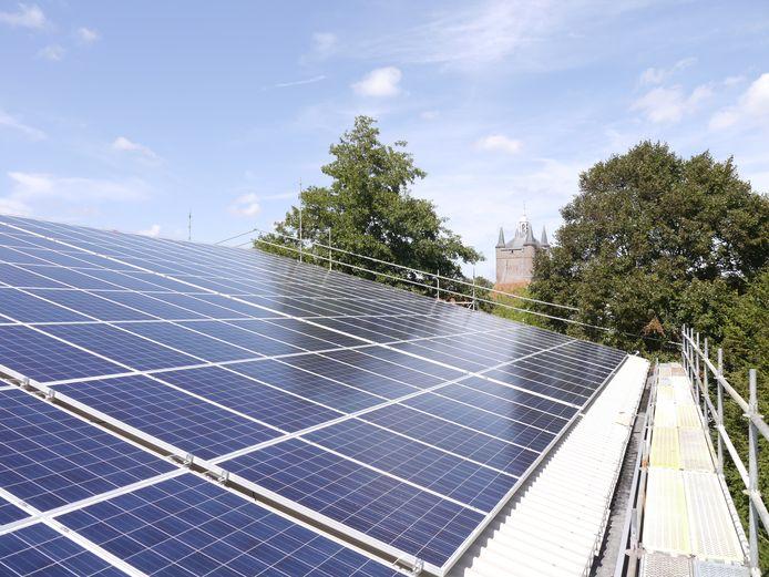 Door de Saman Groep uit Zierikzee geïnstalleerde zonnepanelen.