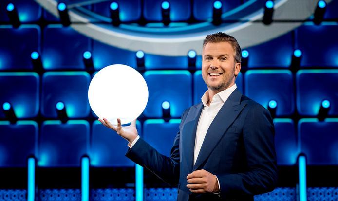 De nieuwe SBS-quiz van Winston Gerschtanowitz heeft donderdag weer minder kijkers getrokken.