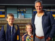 Twentse reizigers staan stil op een verlaten station Apeldoorn, opeens politie naast de trein - 'Dit is serieus'