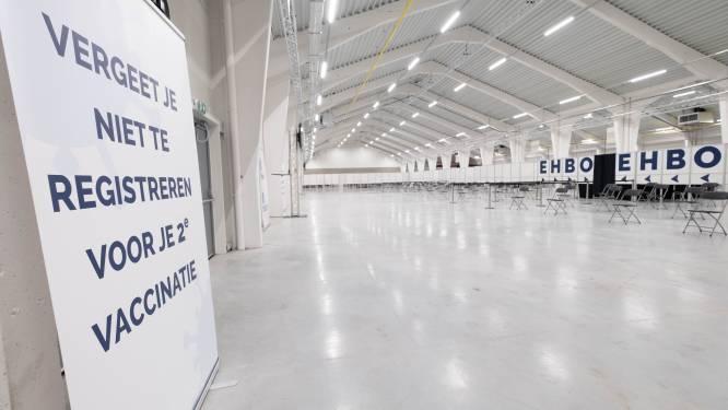 """Vaccinatiecentrum in Putte bereikt mijlpaal van 70 procent: """"Dertigers en twintigers mogen uitnodiging verwachten"""""""