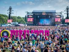 Frans Bauer solliciteert voor Pinkpop en Sylvie juicht voor Duitsland