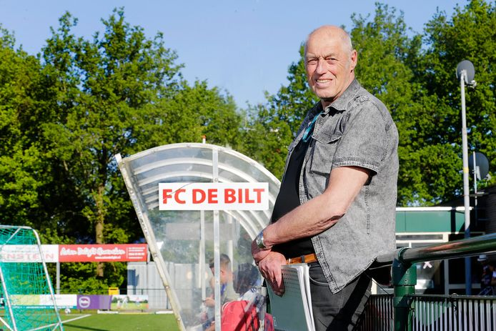 Harry Suvee is ook volgend seizoen technisch manager van FCDe Bilt.