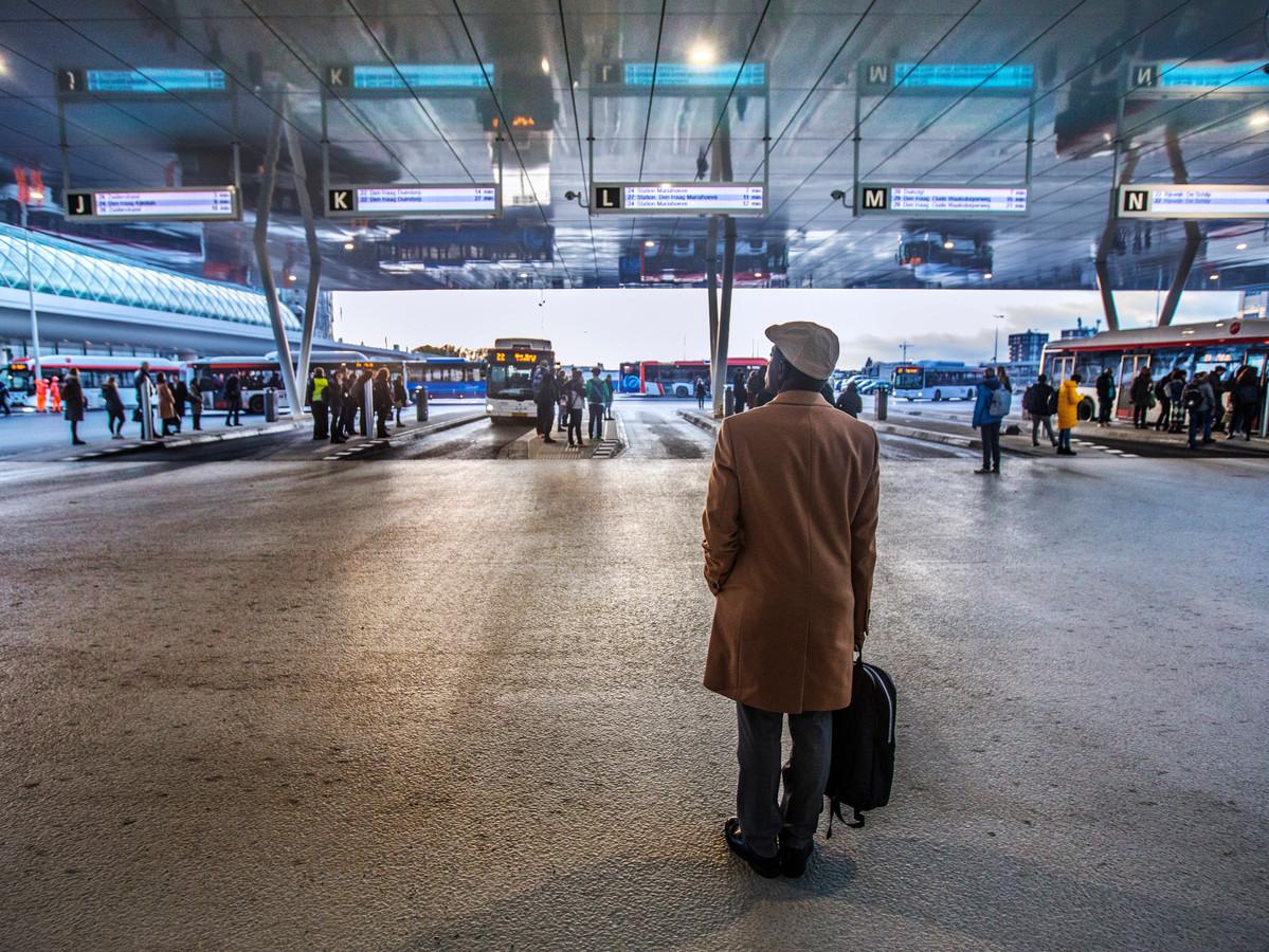 Busplatform: de gemeente rekent 5 miljoen meer af.