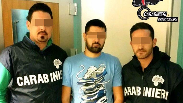 Politiebeelden van leden van de ndrangheta uit het Zuid-Italiaanse Siderno. Beeld Carabinieri Calabria