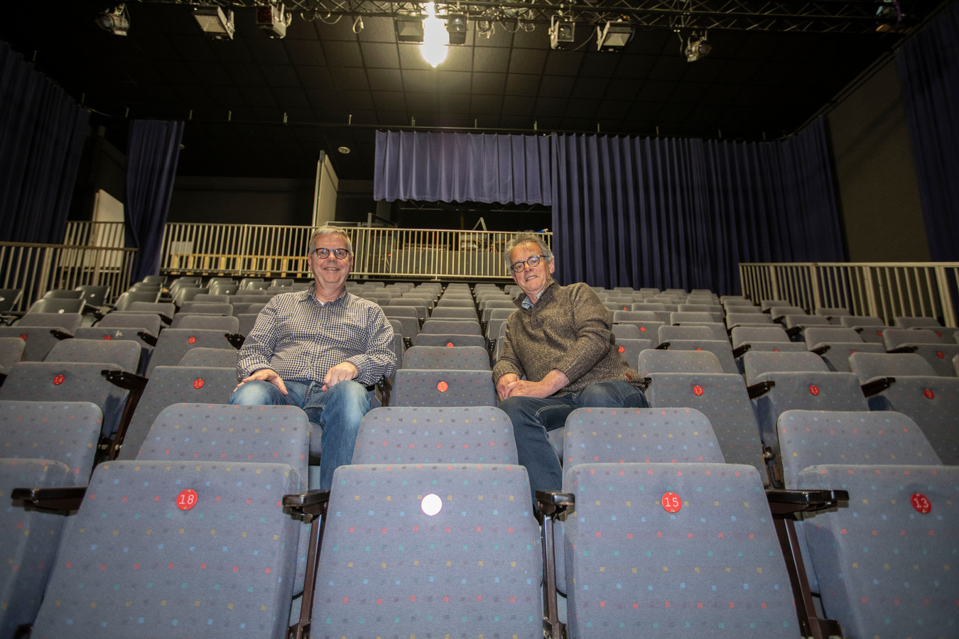 Willem Verder (links) en Wil van der Wiel van Toneelstichting Ons Eygen Landt.