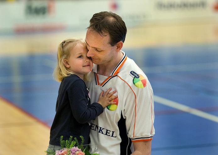 Justin Sombroek met zijn dochter.