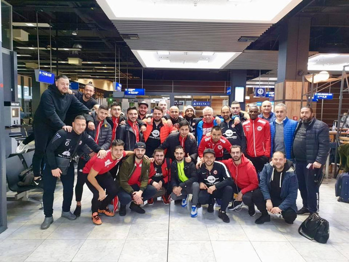 Barbaros woensdagochtend in Düsseldorf, op het vliegveld, op weg naar Antalya (Turkije).