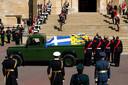 De kist van prins Philip werd bij zijn uitvaart op 17 april vervoerd met een Range Rover.