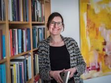 Primeur voor schrijfster Cobi van Baars: 'Ik heb altijd al willen schrijven'