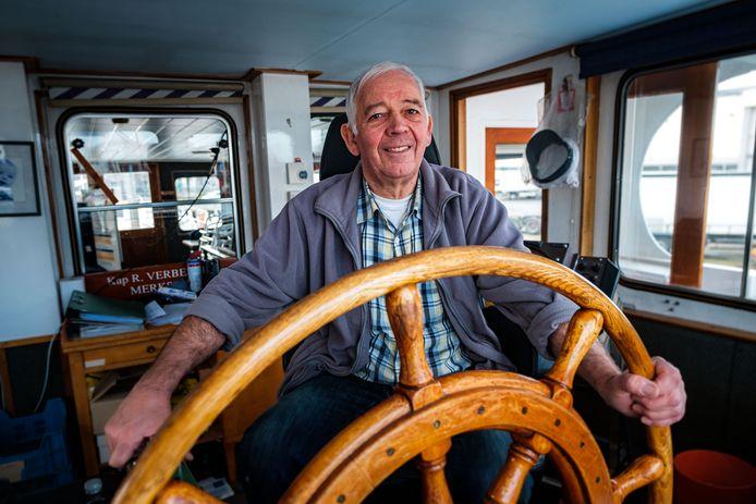 René Verbeeck zal met plezier de mensen overzetten met de veerboot.
