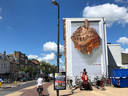 Een muurschildering van JanIsDeMan op de Amsterdamsestraatweg (ter hoogte van de Aldi)  in Utrecht. Het werk is een collage van een aantal kenmerkende gevels op de Straatweg.