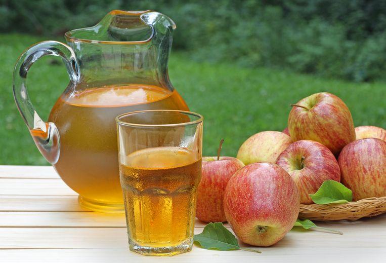 glass-of-apple-juice.jpg