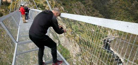 Langste hangbrug ter wereld geopend: moed verzamelen en oversteken!