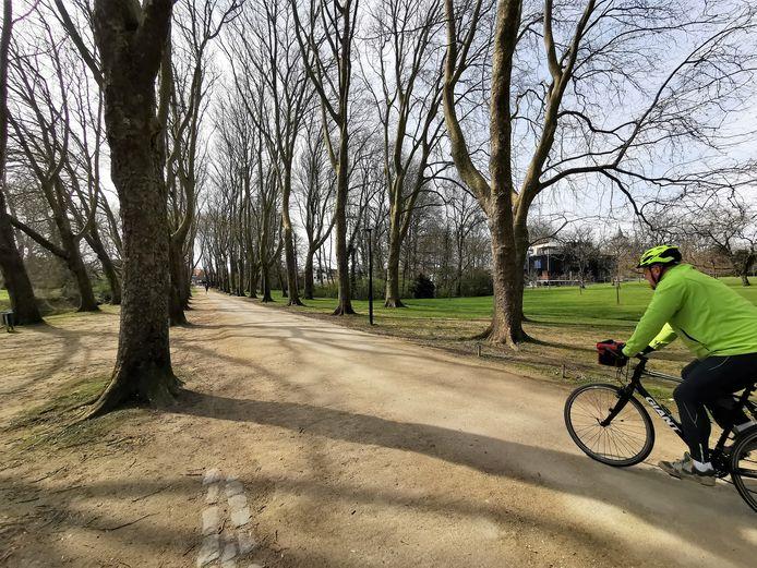 Het Colomapark in Sint-Pieters-Leeuw is het hele jaar door populair bij de Leeuwenaren om te ontspannen.