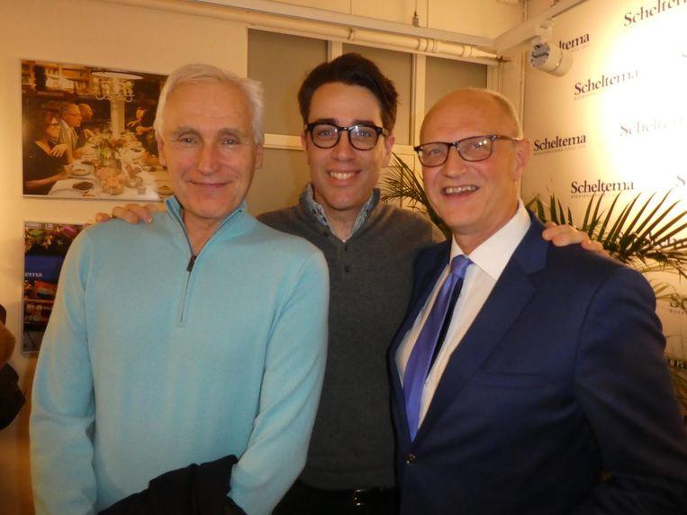 De schrijvers Arthur Japin en Benjamin Moser met Magonia-uitgever Lex Jansen: