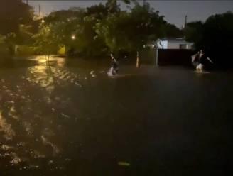 Gevaarlijke tropische storm Eta bereikt Florida