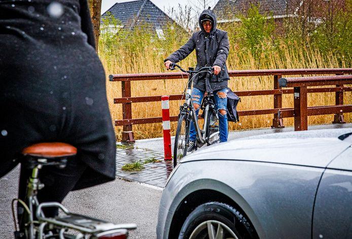Fietsers krijgen zelden voorrang op de Smitsweg in Dordrecht.