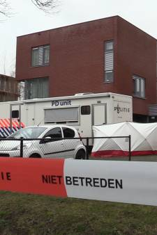 Dodelijk slachtoffer Wageningen smeekte online om hulp en viel vermoedelijk begeleiders met mes aan