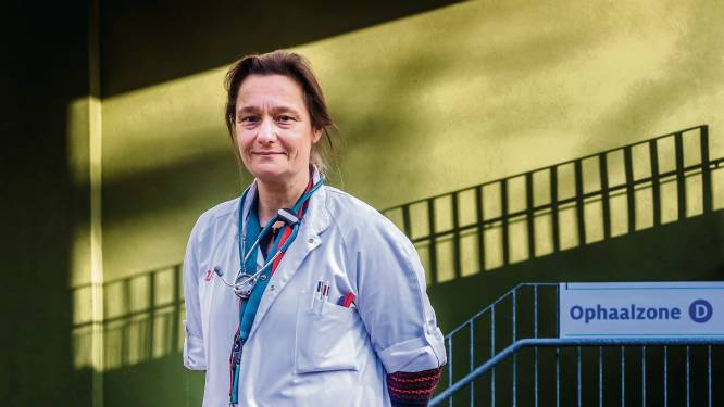 Na nieuwe richtlijn van het ECDC: Erika Vlieghe blijft voorzichtig over versoepelingen voor volledig gevaccineerden