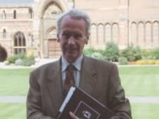 Zoon van J.R.R. Tolkien (95), die zijn vaders werk voortzette, overleden